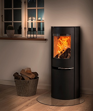 Shift between wood and pellets with Aduro H2 hybrid stove